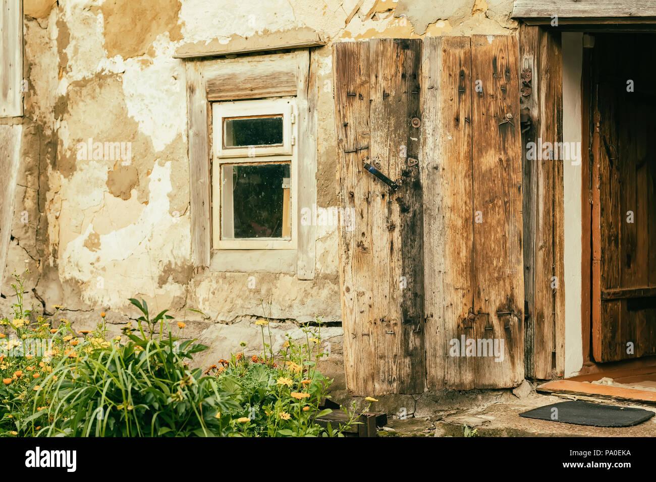 La Parete Di Un Vecchio Edificio Rurale Consistenza Naturale