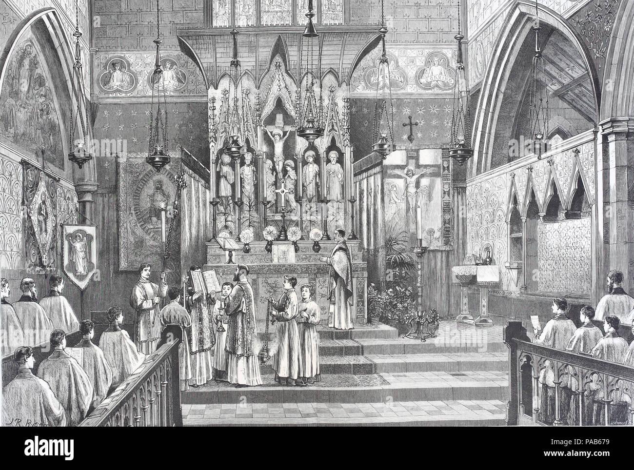 Rituale avanzata nella chiesa di Inghilterra, alta celebrazione: il diacono il canto del Vangelo, digitale migliorata la riproduzione di un originale xilografia stampa da l'anno 1881 Immagini Stock