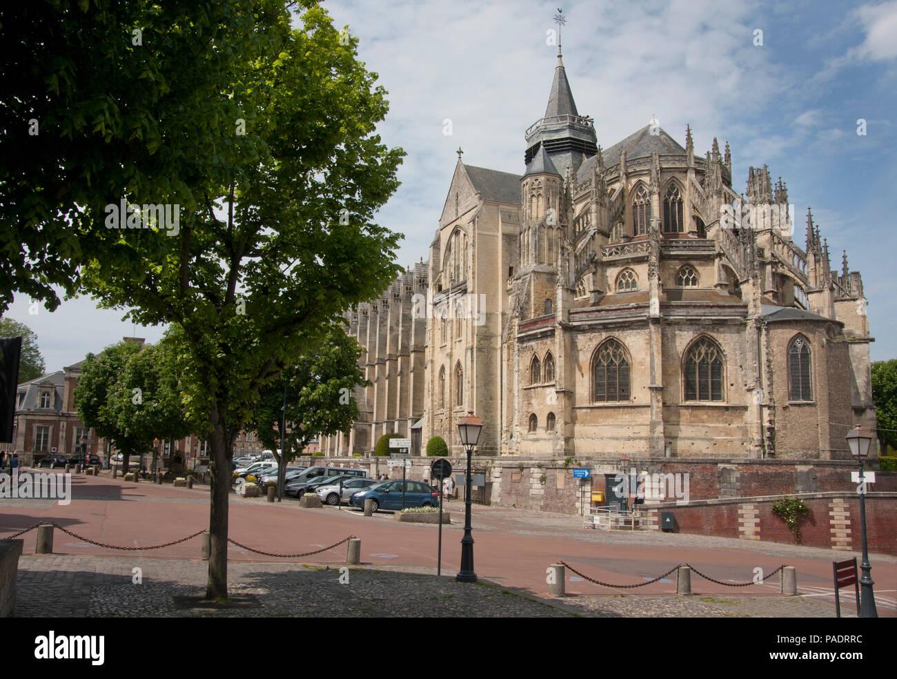 Norman gotica Cattedrale dell'UE aka collegiata di Notre Dame c.1180 Ue, Seine Maritime, a nord della Normandia, Francia Immagini Stock