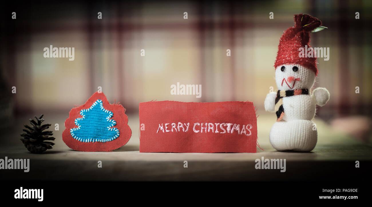 Parole Di Buon Natale.Sfondo Di Festa Toy Pupazzo Di Neve E Le Parole Buon Natale