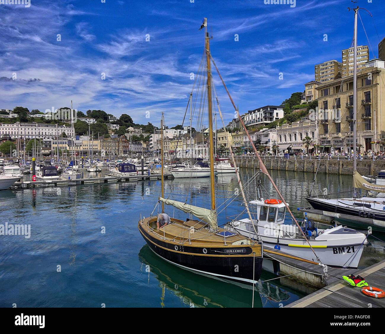 GB - DEVON: trafficato porto interno a Torquay (immagine HDR) Immagini Stock