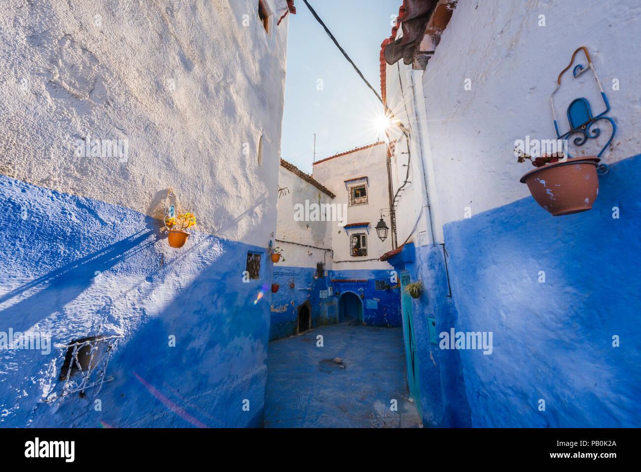 Case Blu Marocco : Vicolo stretto case blu medina di chefchaouen chaouen tangier