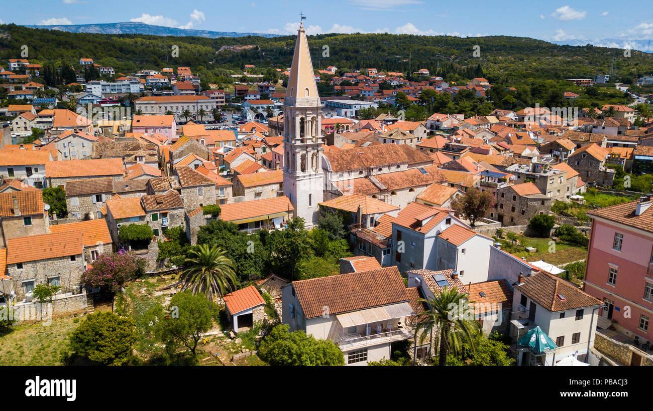 St Stephens campanile della chiesa, la città vecchia di Stari Grad, isola di Hvar Croazia Immagini Stock