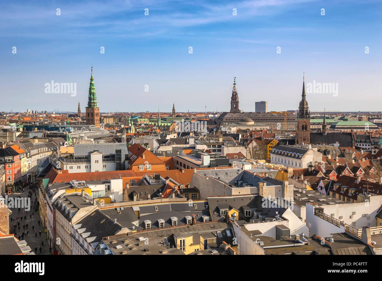 Copenhagen vista aerea dello skyline della città dalla torre rotonda, Copenhagen DANIMARCA Foto Stock