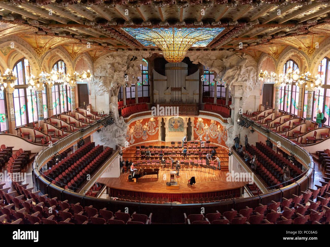 Barcellona, Palau de la Musica Catalana. Modernisme, Palast der katalanischen Musik, Barcellona, Katalonien, Spanien. Erbaut 1905 - 1908 von Lluis Domen Foto Stock