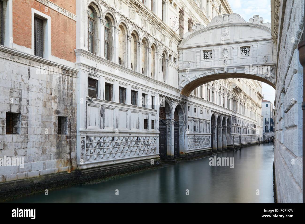 Ponte dei Sospiri, nessuno a Venezia, Italia Immagini Stock