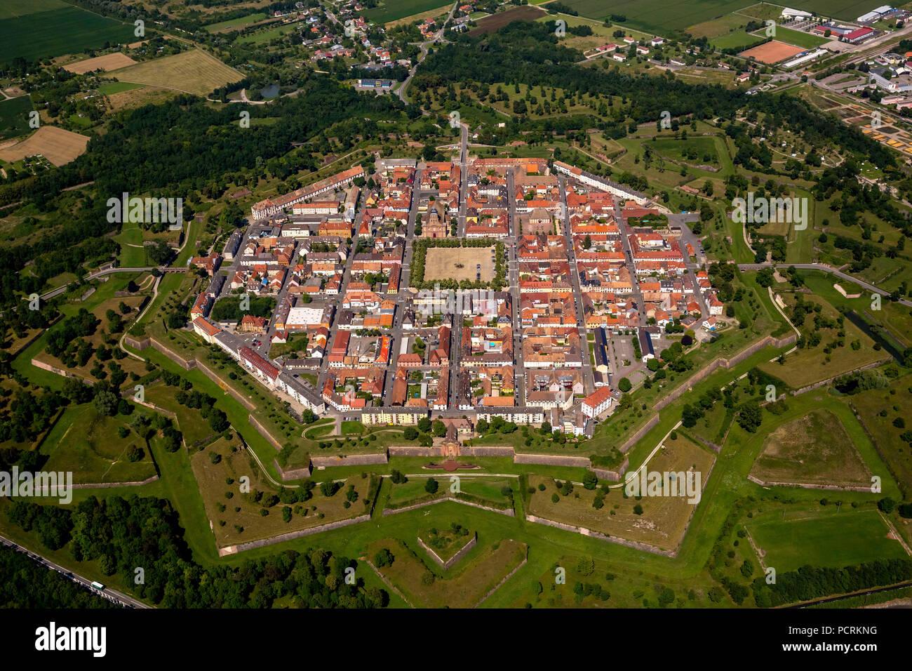 La fortezza medievale, la città fortificata di Neuf-Brisach - uno dei capolavori da Vauban, a Volgelsheim, Haut-Rhin reparto, regione Grand-Est, Francia Immagini Stock