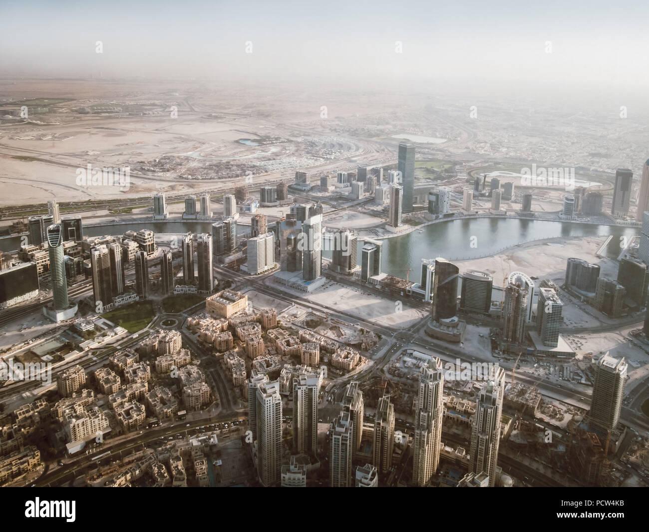 Splendida vista dalla cima della skyline di Dubai Burj Khalifa vista dalla cima, Panorama Dubai Immagini Stock