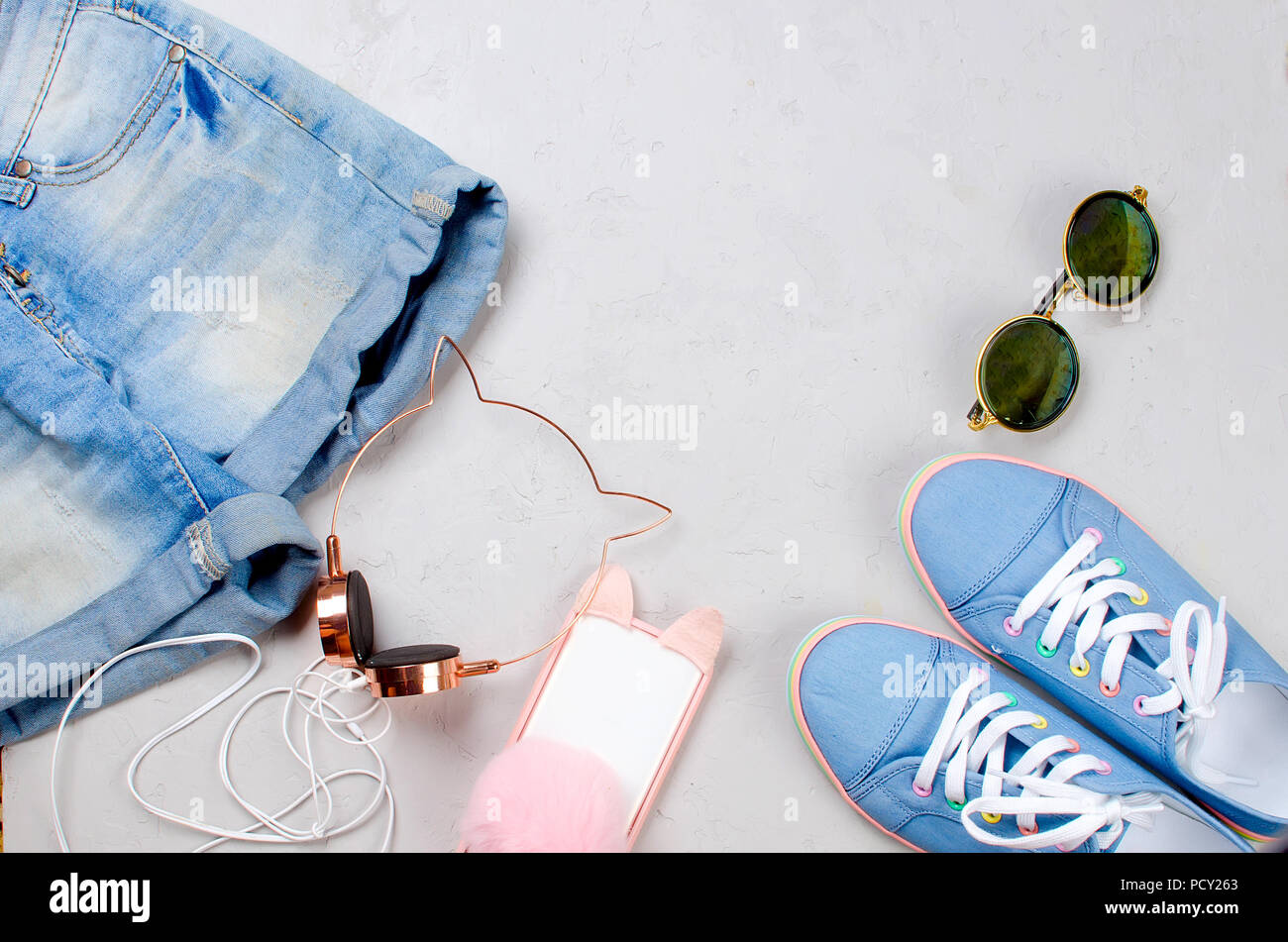 Sporting Blue Scarpe Da Ginnastica Pantaloncini Occhiali Da Sole