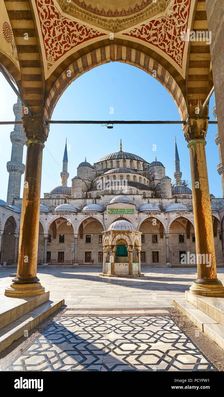 La Moschea Blu, Sito Patrimonio Mondiale dell'UNESCO, Istanbul, Turchia Foto Stock