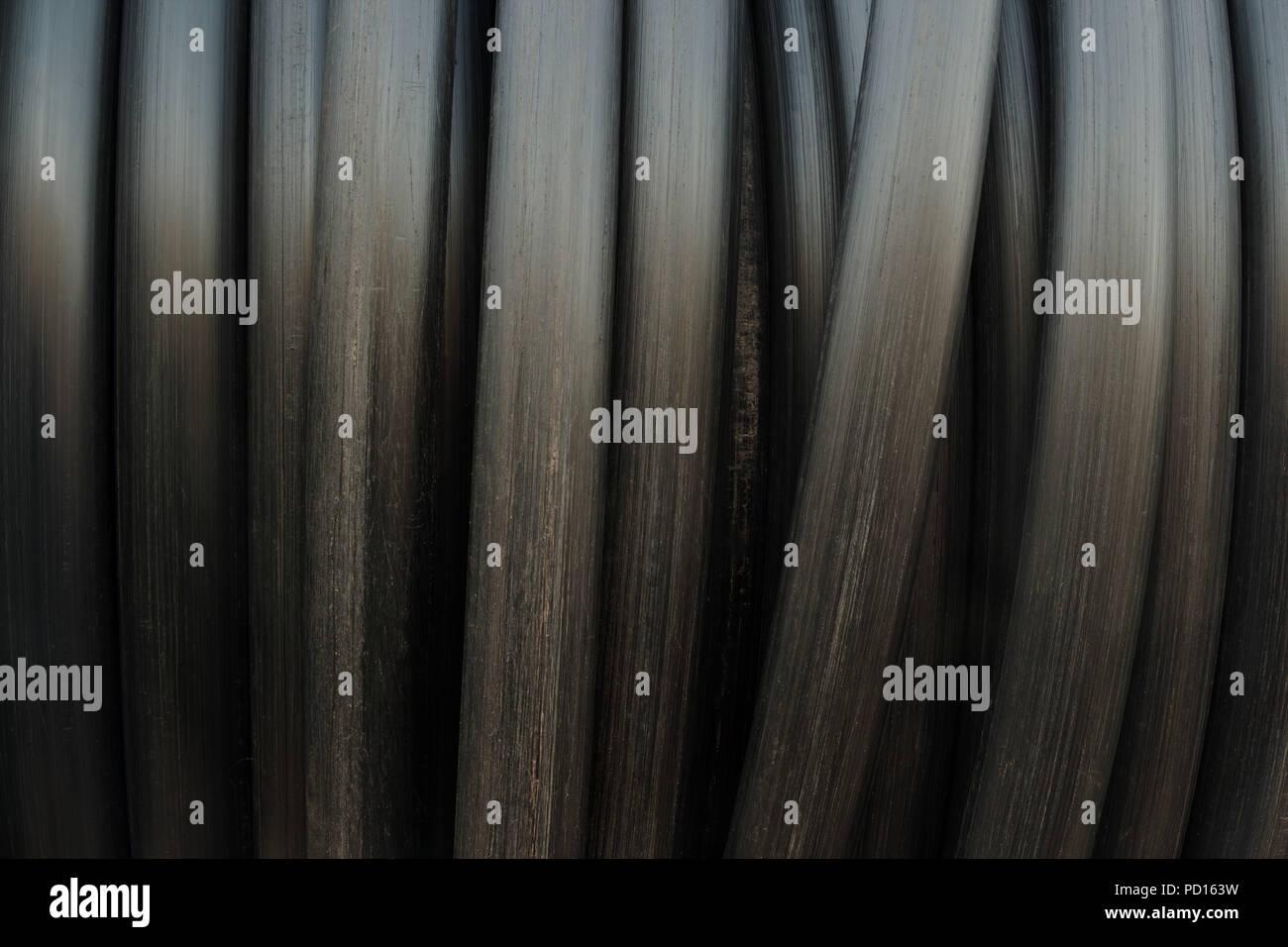 tutti i tubi neri