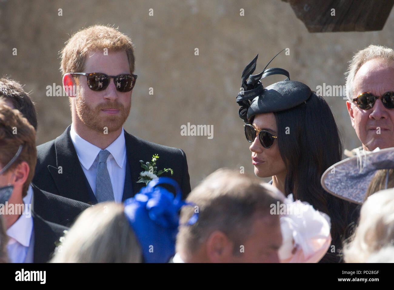 Matrimonio Harry In Chiesa : Meghan markle la duchessa di sussex e il principe harry al