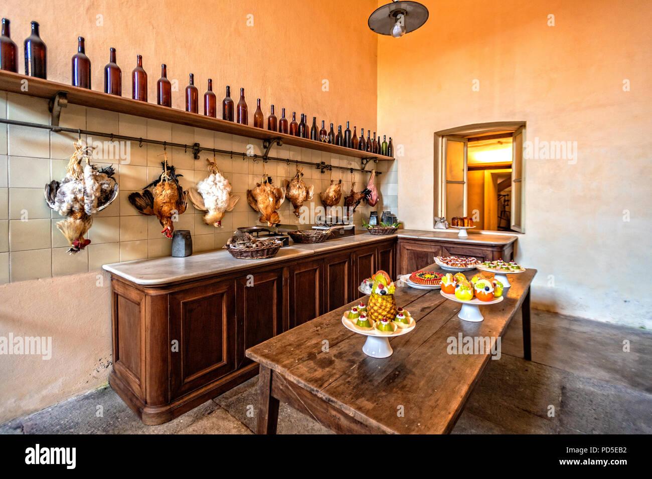 Italia piemonte racconigi sabauda residences castello for Cucine in stock