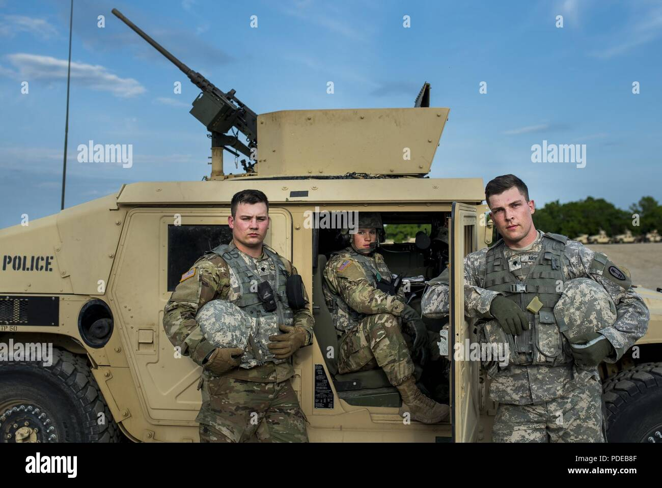 Uniform Consists Immagini   Uniform Consists Fotos Stock - Alamy 324bffc793aa