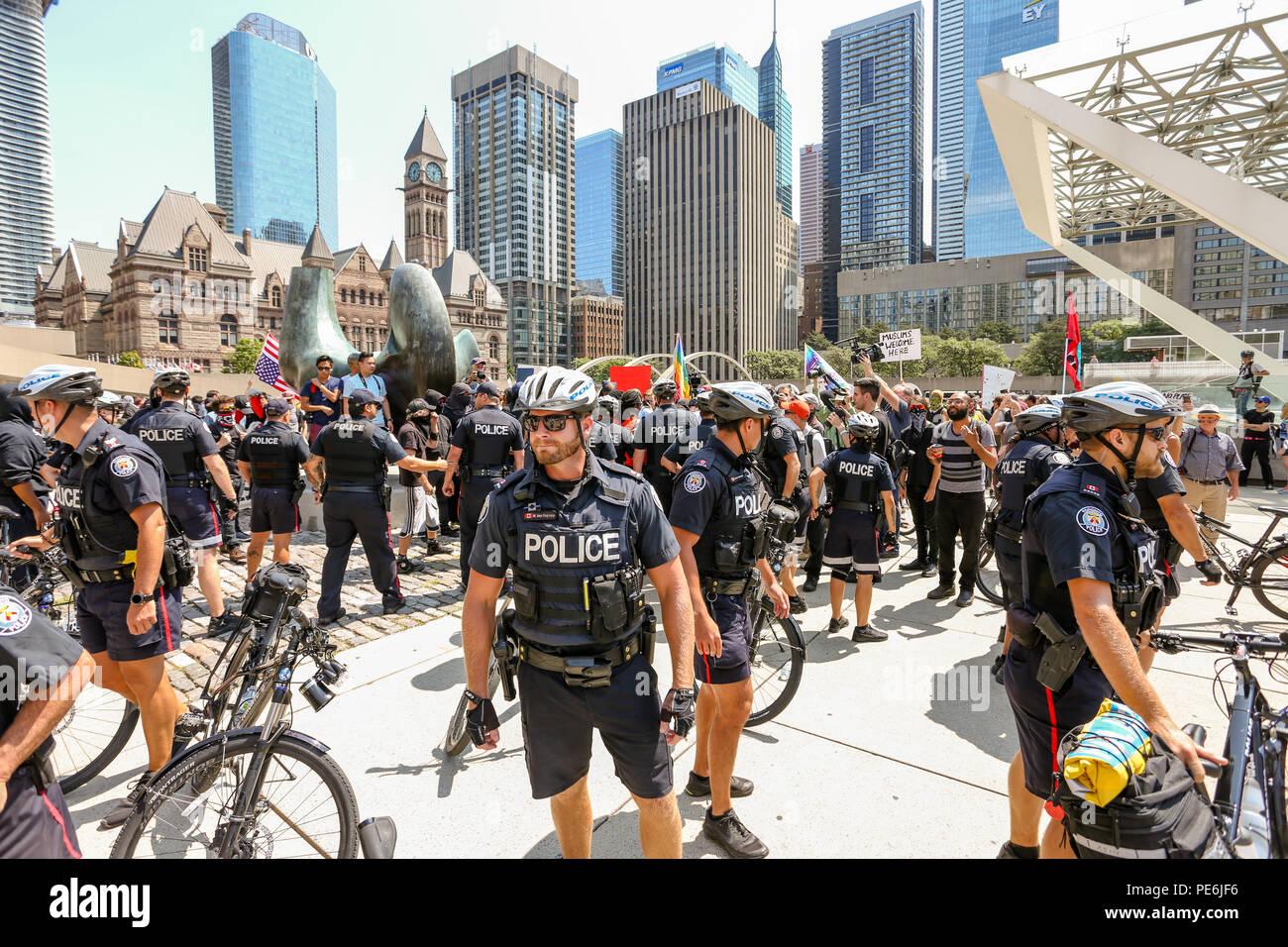 Agosto 11, 2018 - Toronto, Canada: 'STOP L' odio anti razzismo rally. Immagini Stock