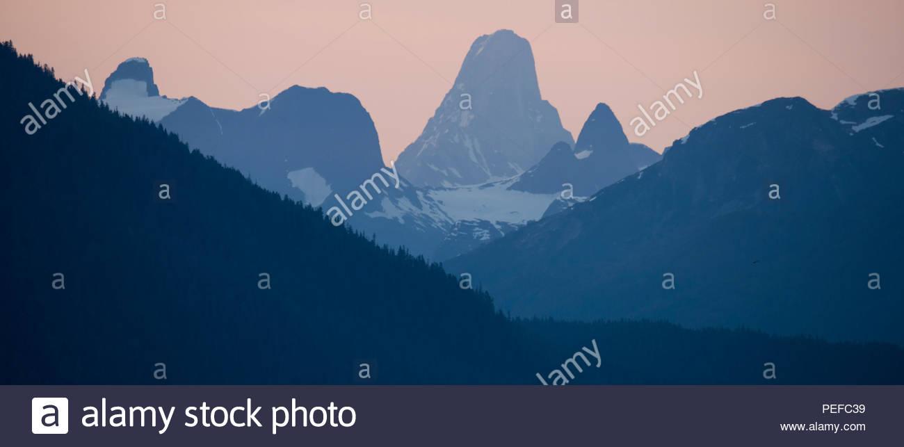 Diavolo il pollice della montagna, Vicino Le Conte glacier, nel Stikine Icecap regione dell'Alaska. Immagini Stock