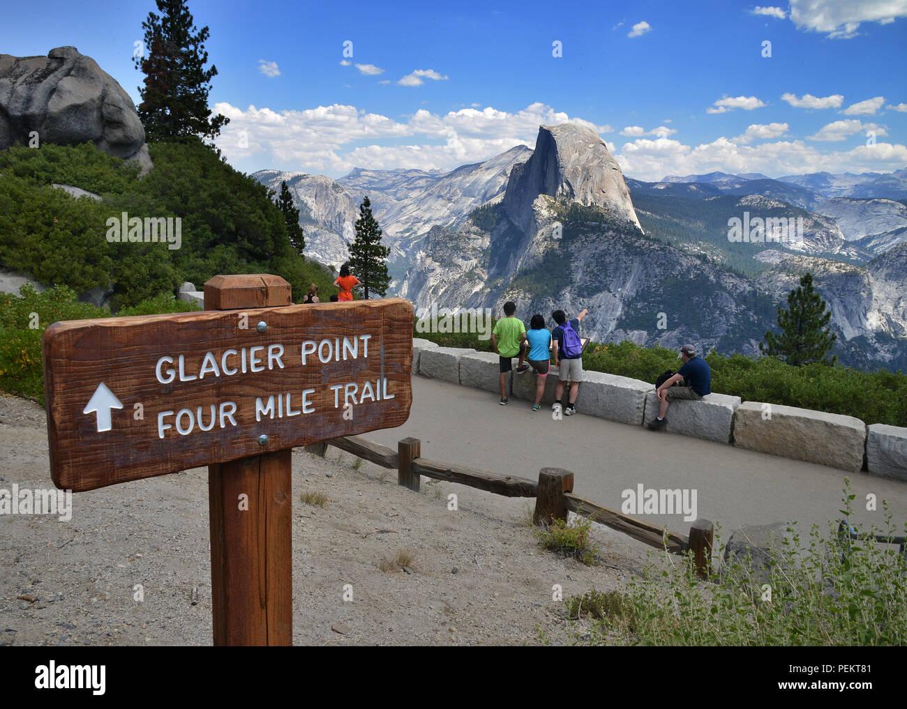 Stati Uniti, California, Half Dome, il Parco Nazionale di Yosemite Immagini Stock