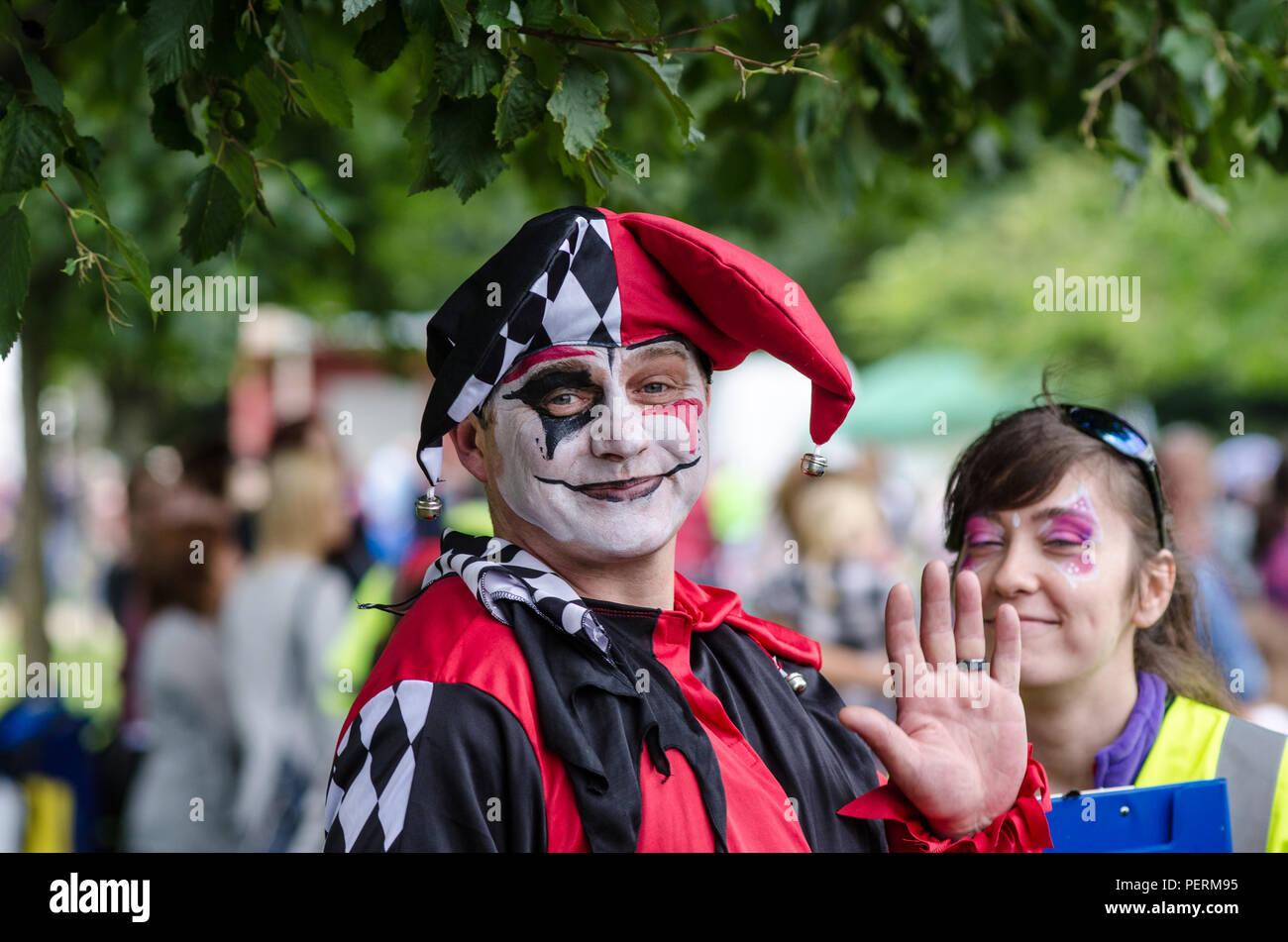 Jester Mad Hatter Tea Party face painting Festa in costume Connswater  comunità e per il divertimento 80e0cc8128d