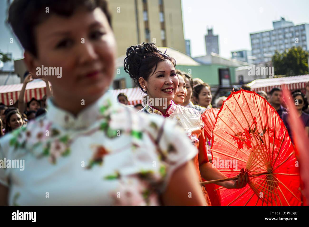 Latin Inspired Immagini   Latin Inspired Fotos Stock - Alamy fe70397d0d6