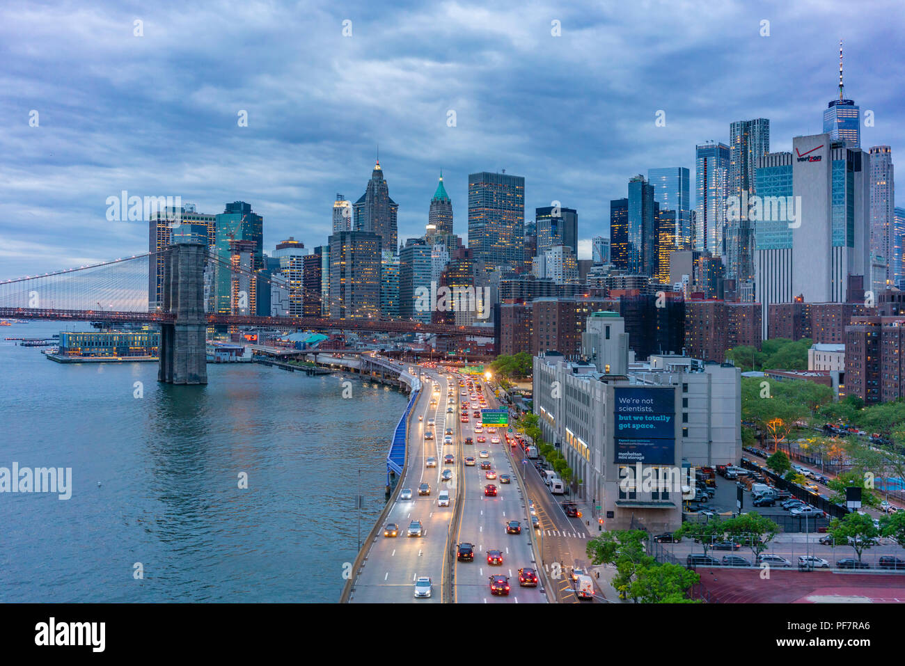 Skyline di Manhattan e Brooklyn Bridge Foto Stock