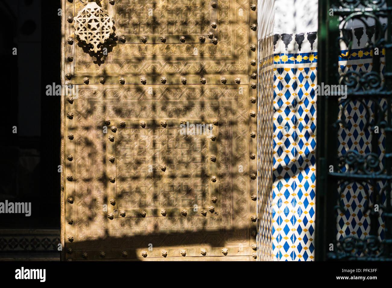 Zellige mosaico e lavori di piastrelle tradizionali marocchine