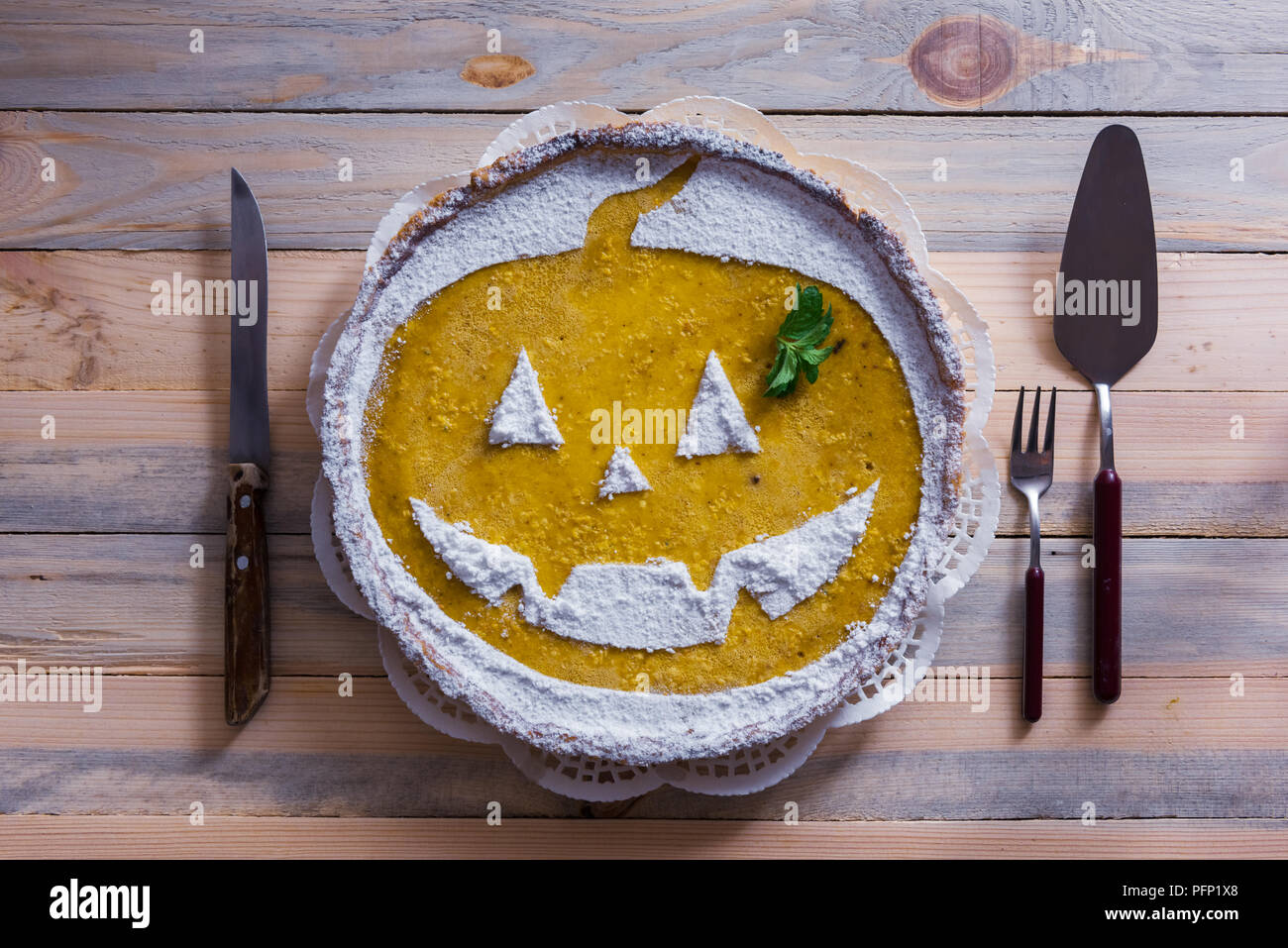 Cream Pie Funny Immagini   Cream Pie Funny Fotos Stock - Alamy bc78e69330b0