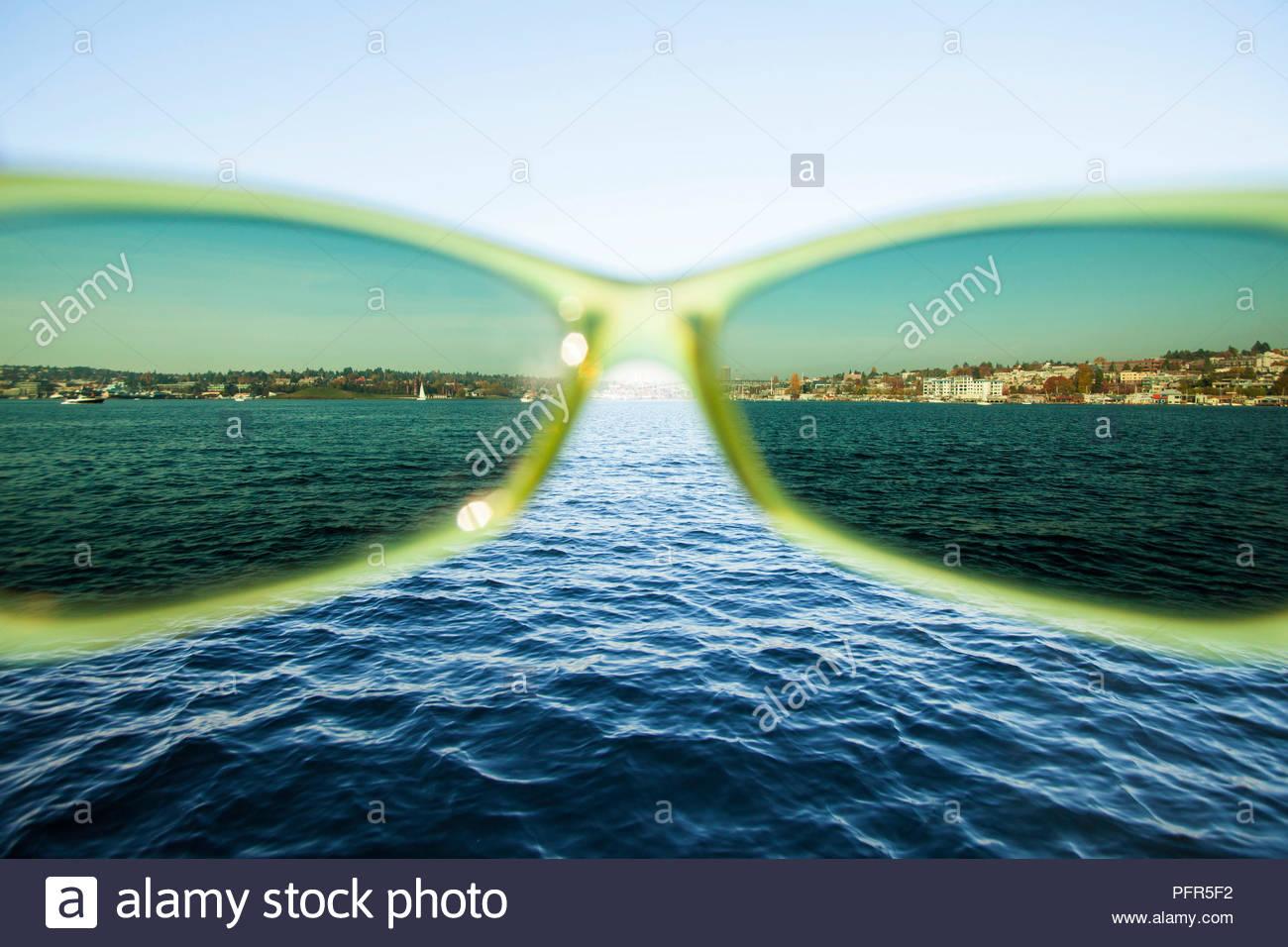 Seattle è il Lago Union visto attraverso polarizzato occhiali da sole, WA USA Immagini Stock