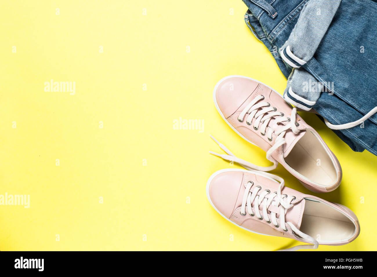 Scarpe Moda Rosa Jeans Sulla E Donna Gialla Parte Vista