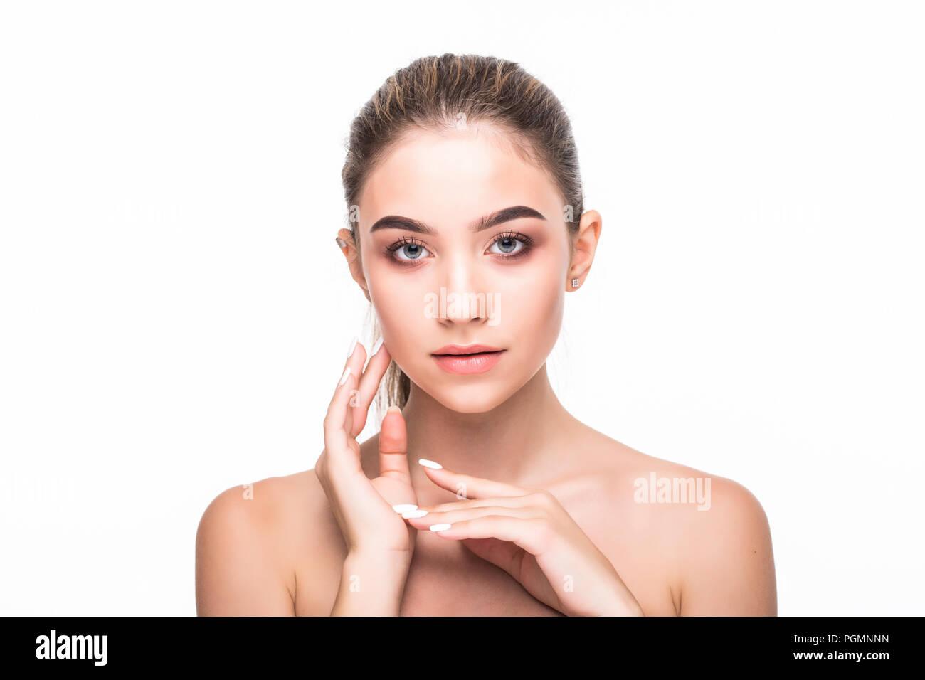 Cura Della Pelle Concetto Bellezza E Benessere Per Il Corpo E Per Il Viso Bella Gara
