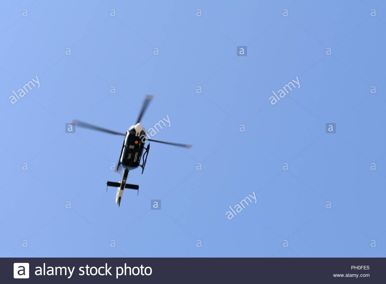 Elicottero Quarto : Il tour della spagna la gara di elicottero segue i piloti e