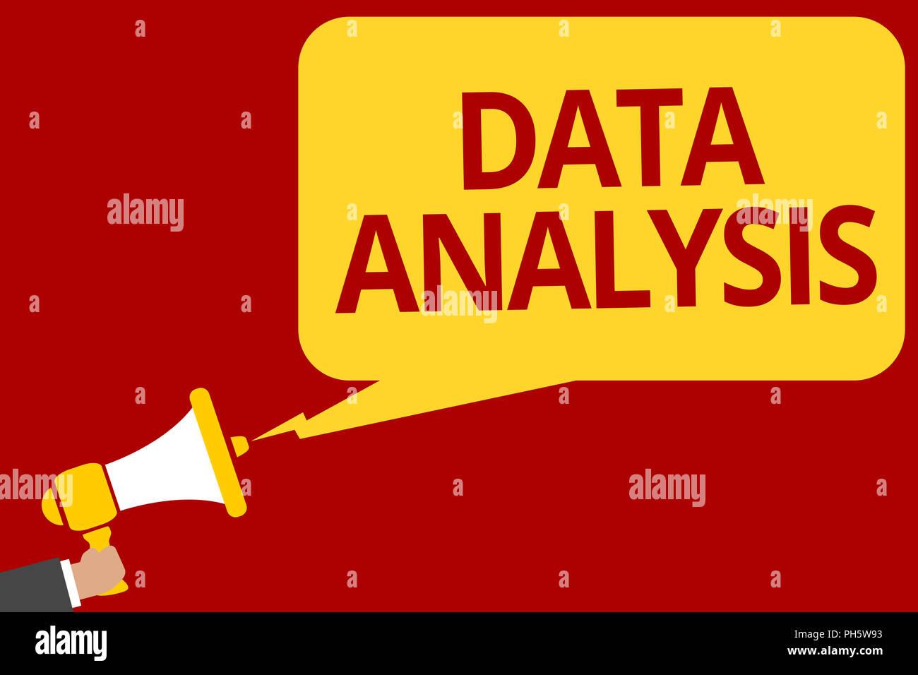 Testo della scrittura la scrittura dei dati di analisi. Concetto significato tradurre i numeri a conclusione analitiche di previsione azienda uomo megafono altoparlante speec Immagini Stock