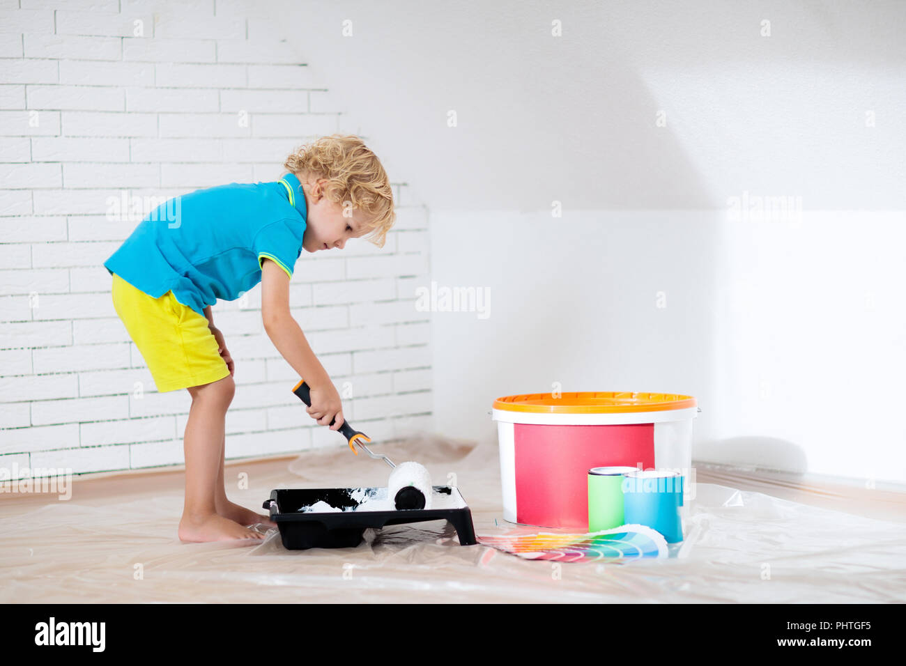 Pittura per bambini parete attico. Home miglioramento e ...