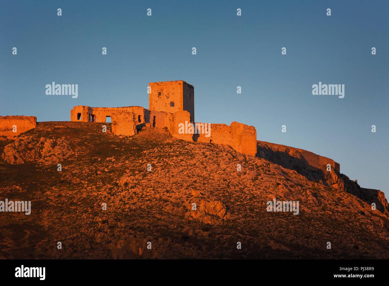 Teba, Malaga, Andalusia, Spagna; Castillo de la Estrella (castello della stella), la scena della battaglia di Teba, Agosto 25, 1330. Il cavaliere scozzese Sir James Immagini Stock