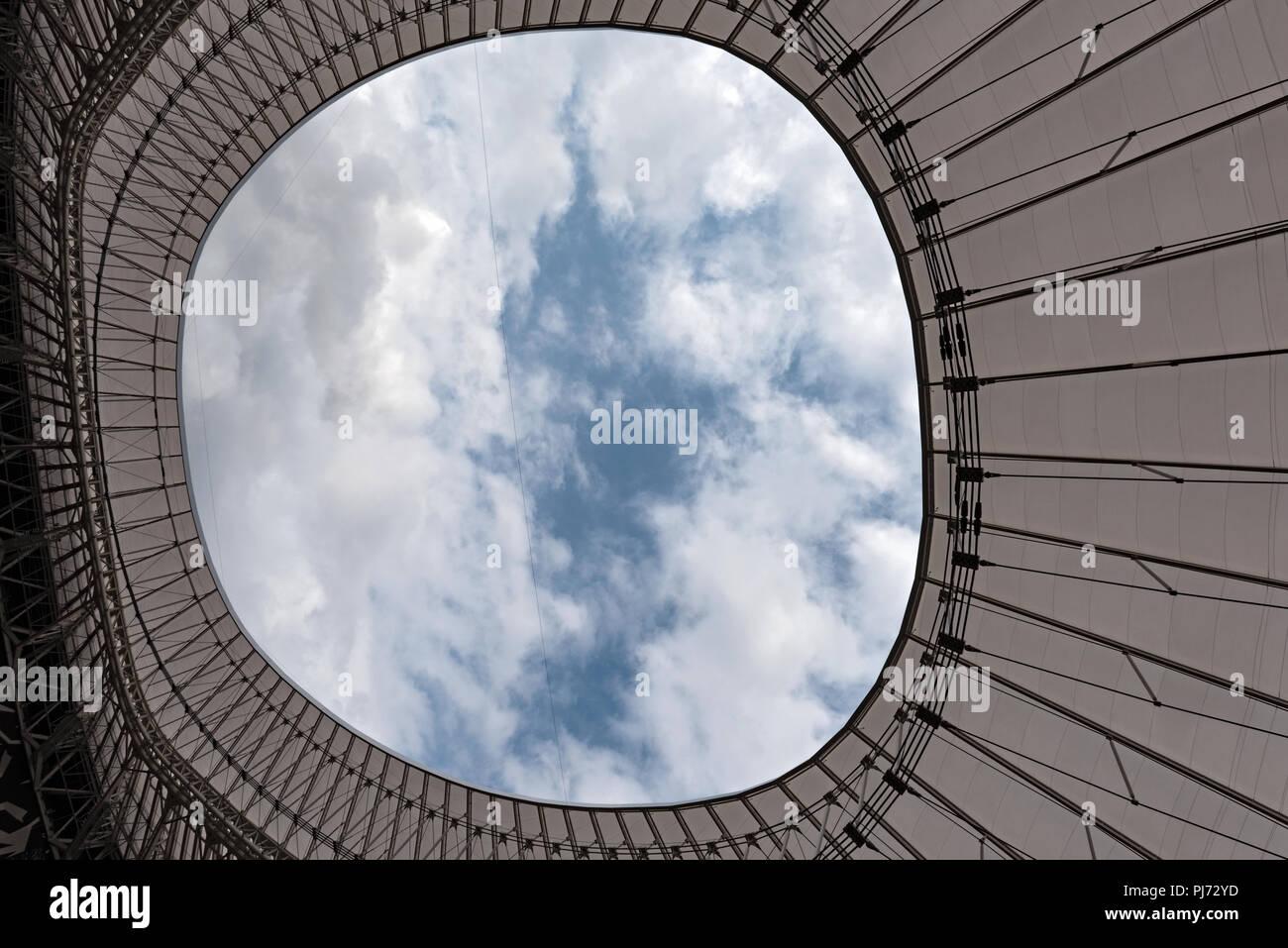 Vista dal tetto di San Mames, lo stadio di calcio, casa dell'Athletic Club Bilbao, Paesi Baschi, Spagna.. Foto Stock