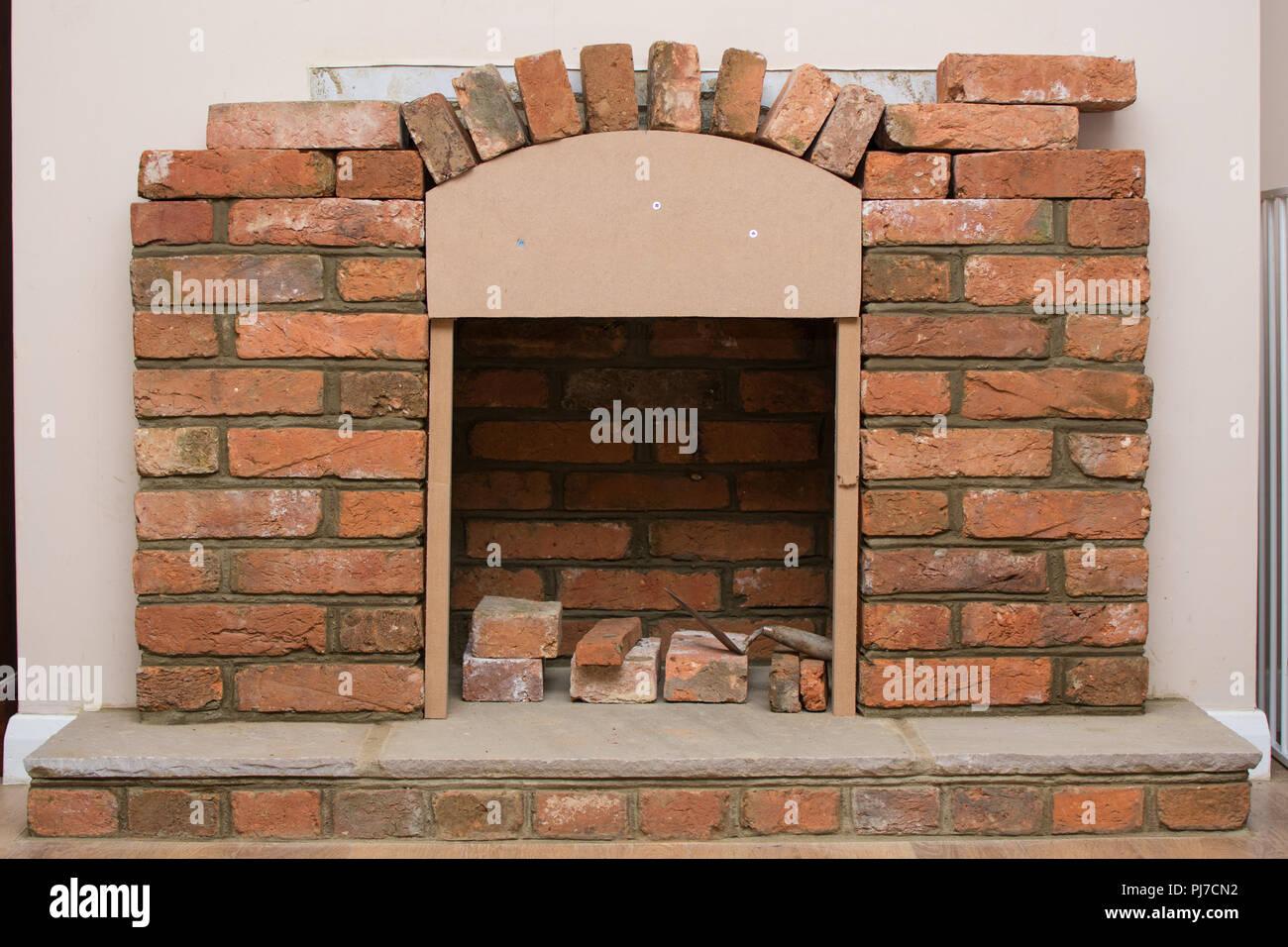 Costruire Un Camino In Casa indoor progetto diy: costruire camino nella casa: posa in