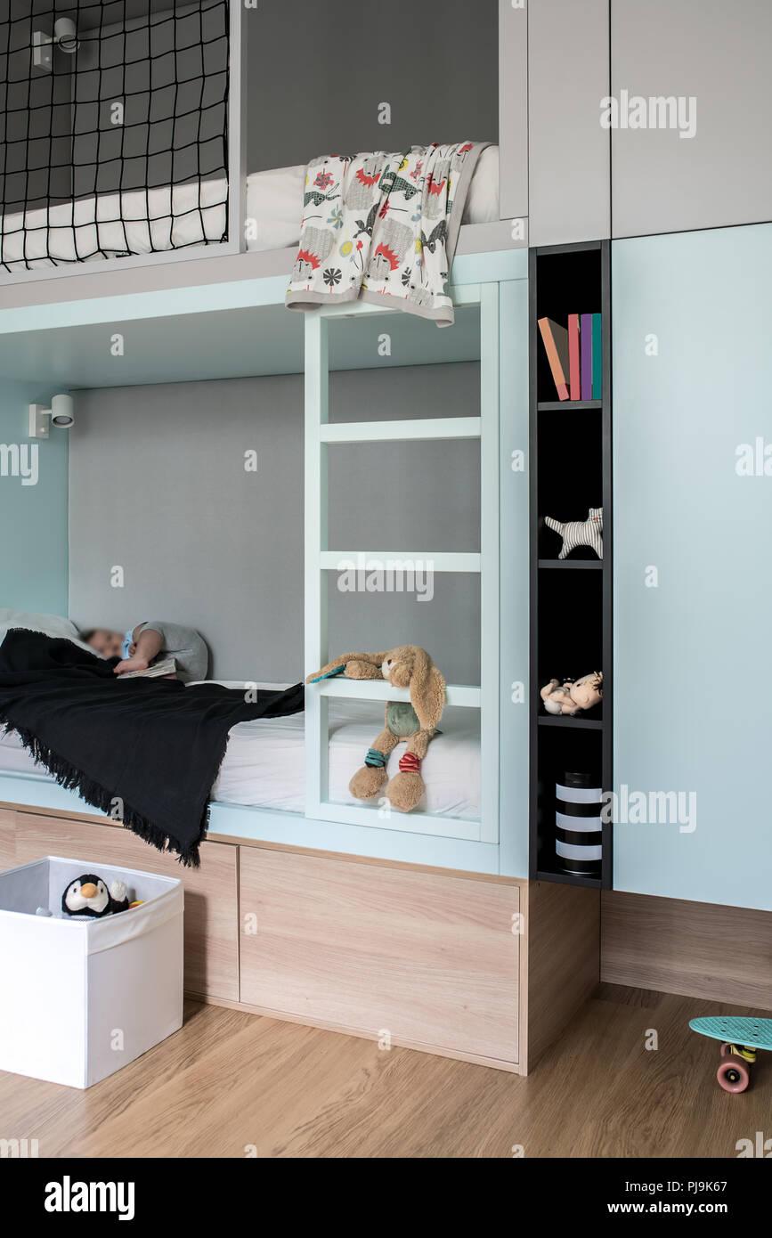 Letto Con Soppalco Bambini stanza dei bambini in stile moderno con letto soppalco foto