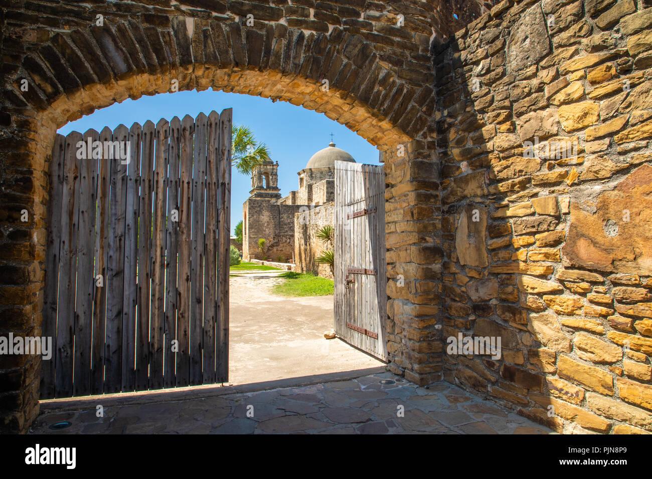 La missione di San José y San Miguel de Aguayo è una storica missione cattolica di San Antonio, Texas, Stati Uniti d'America. La missione è stata nominata in parte per il marchese de Sa Immagini Stock