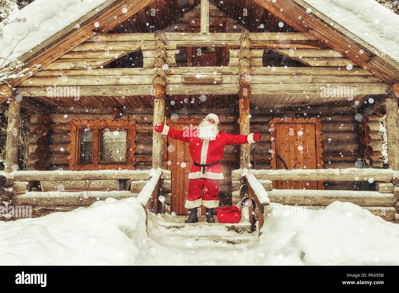 Casa Di Babbo Natale Al Polo Nord.Gioiosa Santa Claus In Casa Sua La Casa Di Babbo Natale Al