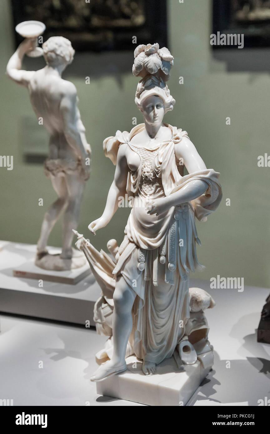 Avorio figura, Anna Maris de'Medici come Minerva, artista Gabriel Grupello intorno al 1700, il Museo Nazionale di Monaco di Baviera Baviera superiore Immagini Stock