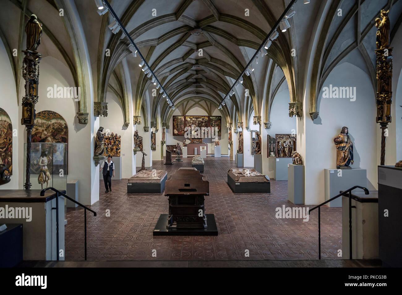 Hall con medievale arte religiosa, Museo Nazionale di Monaco di Baviera, Baviera, Baviera, Germania Immagini Stock
