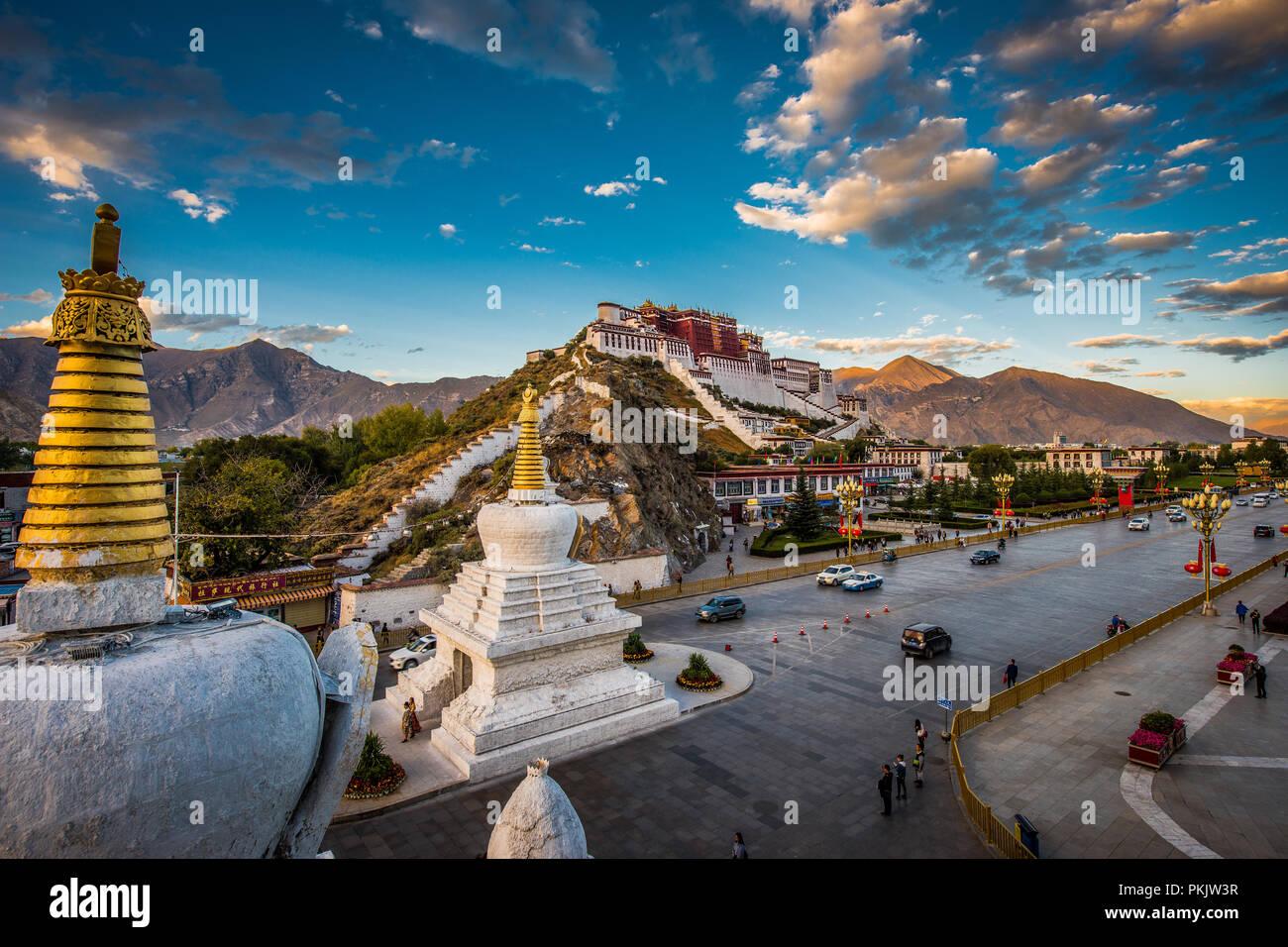 Il palazzo del Potala a Lhasa in Tibet Immagini Stock