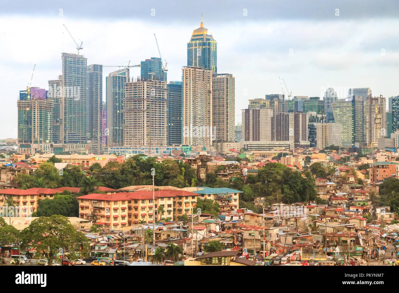 Mandaluyong, Filippine - 31 Luglio 2018: Skyline di Manila Immagini Stock