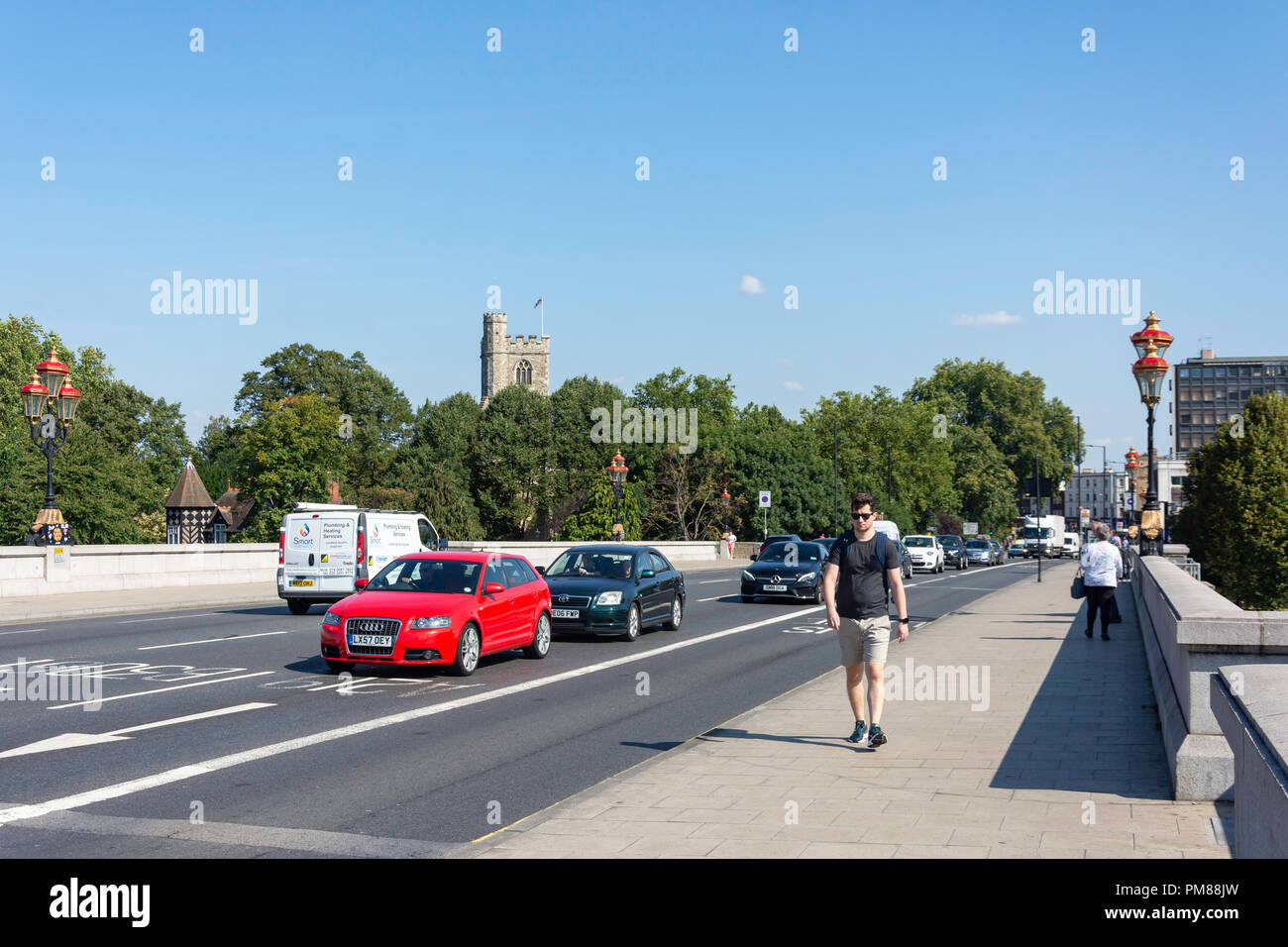 Putney Bridge Approach, Putney, London Borough of Wandsworth, Greater London, England, Regno Unito Immagini Stock