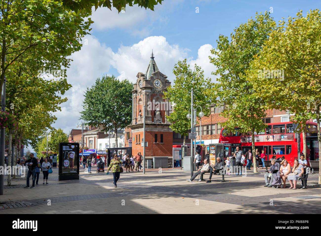 Bexleyheath Clock Tower, il Broadway, Bexleyheath, London Borough of Bexley, Greater London, England, Regno Unito Immagini Stock