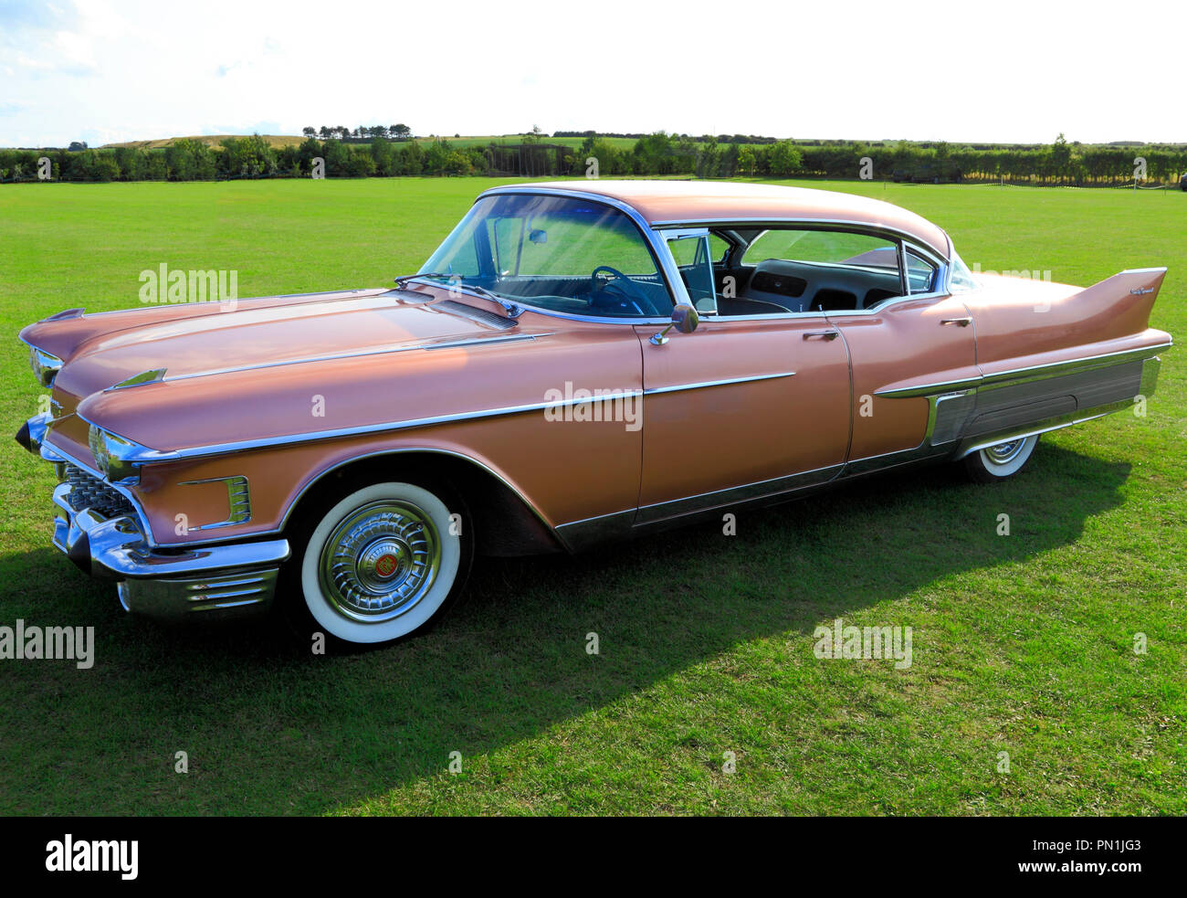 Pink Cadillac, Fleetwood, classic American car, automobile Immagini Stock