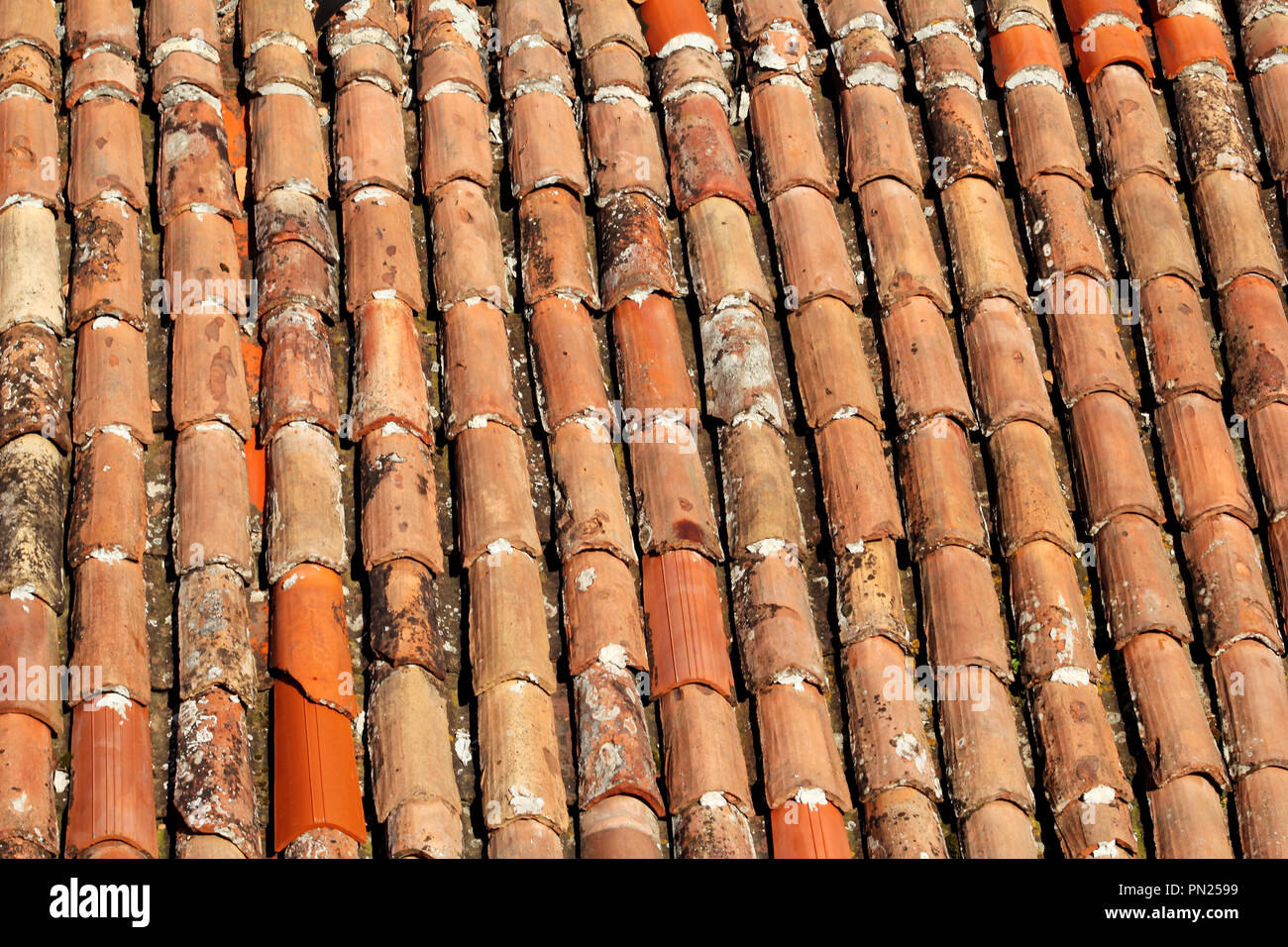 Tile texture roof immagini tile texture roof fotos stock alamy