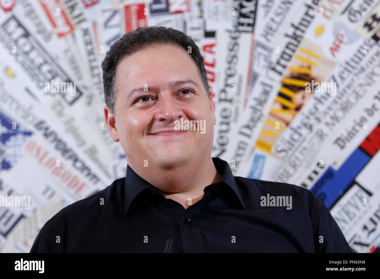 """Sebastian Marroquin, Juan Pablo Escobar Roma 20/09/2018. Stampa estera. Presentazione della conferenza spettacolo del figlio del più famoso' trafficante di droga delle storia Pablo Escobar. Lo spettacolo racconterà' di suo padre attraverso monologo delle Nazioni Unite e delle foto. Roma 20 Settembre 2018. Presentazione del Conference-Show di Sebastián Marroquín, nato Juan Pablo Escobar, figlio del più noto trafficante di droga della storia, Pablo Escobar, 'il re della cocaina"""". Foto di Samantha Zucchi Insidefoto Foto Stock"""