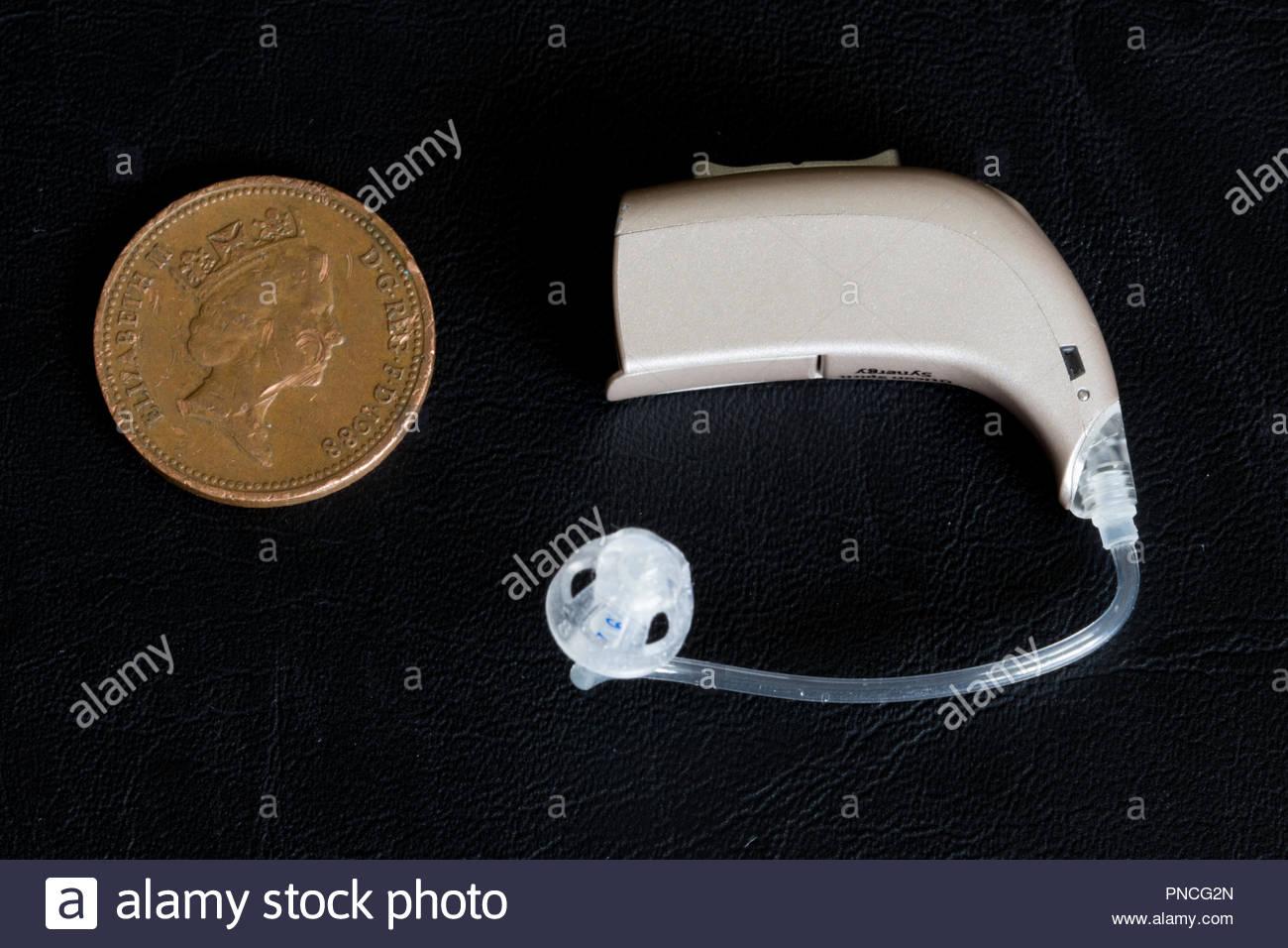 La Oticon spirito sinergia Hearing Aid Immagini Stock