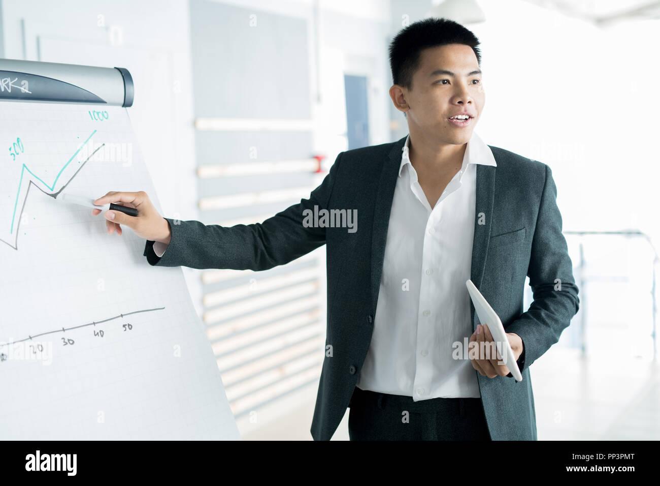 Imprenditore reporting a presentazione Immagini Stock