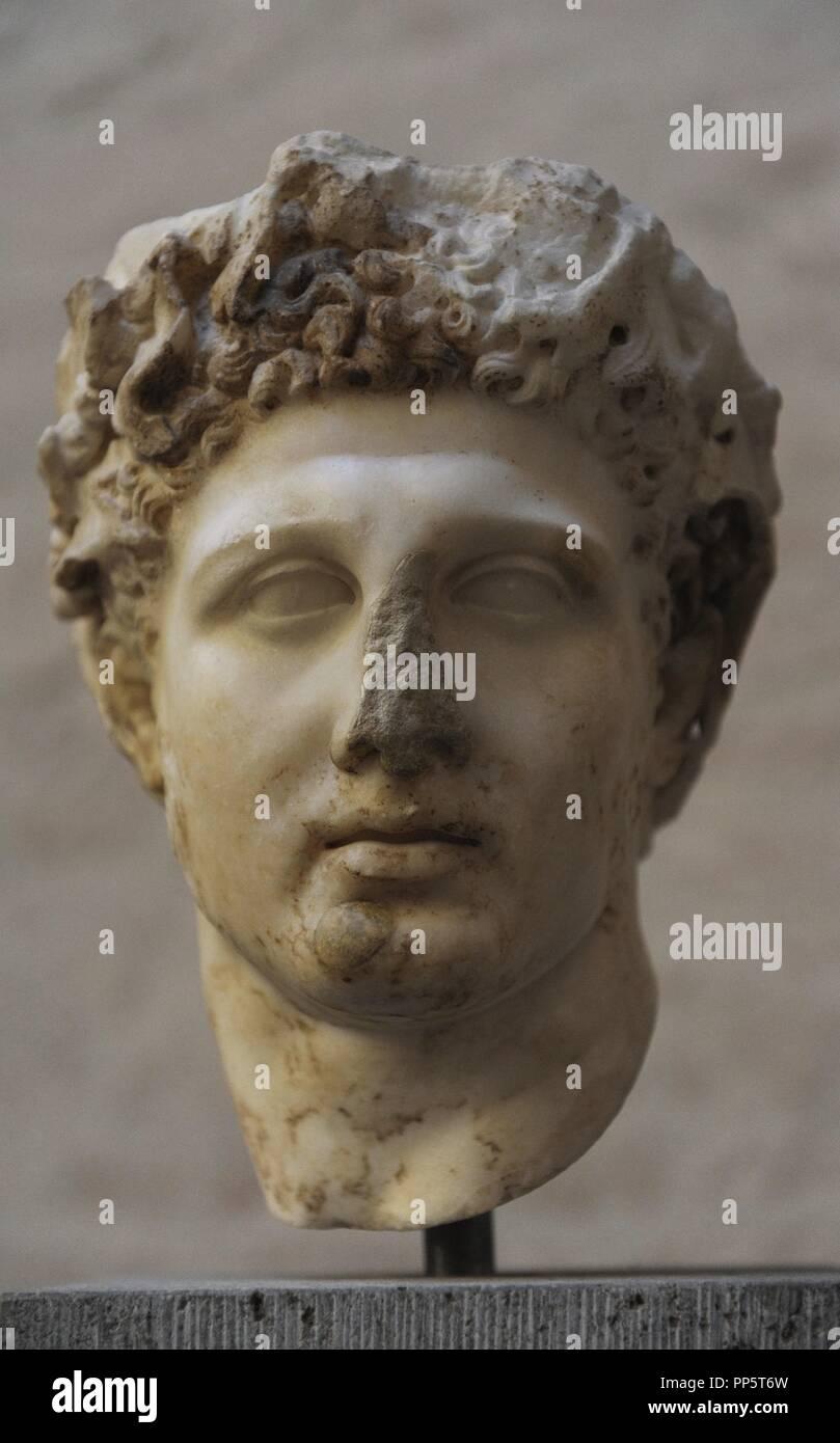 Heracles. Era un eroe divino nella mitologia greca. Figlio di Zeus e Alcmene. Heracles testa con corona. Scultura romana dopo un originale di circa 330 BC. Foto Stock